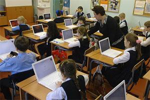 Школы автоматизируют учебный процесс