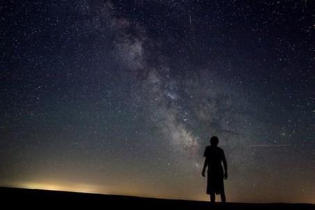 Нечеловеческий космос взывает к человеческому измерению