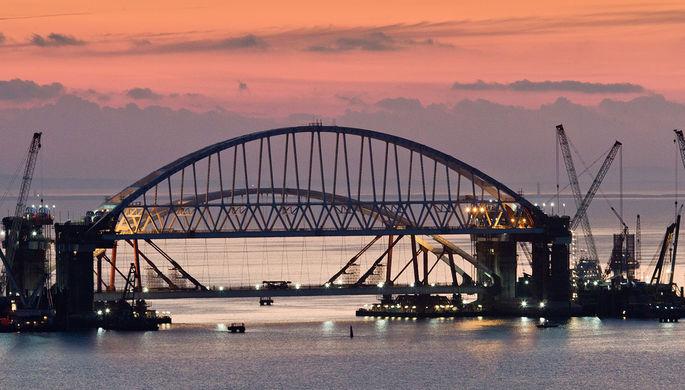 Украине посоветовали забрать Крымский мост при помощи Photoshop