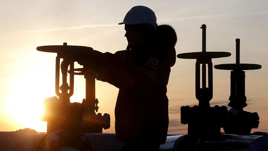 Нефть Brent упала вцене до $51,2 наданных озапасах вСША