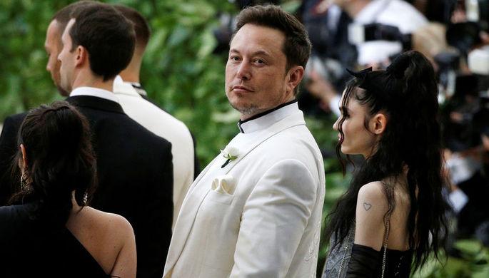 Bloomberg узнал обуголовном расследовании против Tesla из-за твита Маска