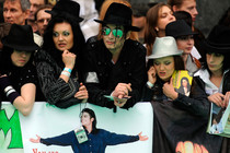 Michael Jackson fan detained for the &quot;illegal rally&quot;