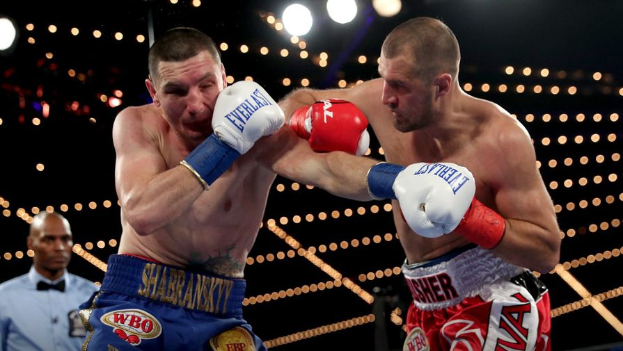 Боксер Ковалев победил украинца Шабранского изавоевал титул чемпиона мира