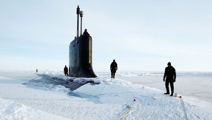 Болтон: США строят ледоколы для противостояния России в Арктике
