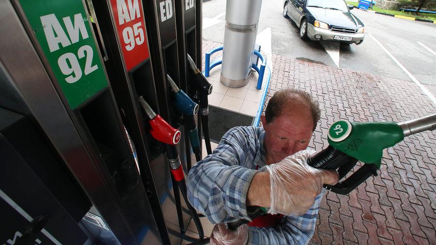 ФАС запретила прогнозы поднятия цен набензин