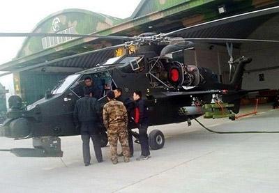 Z-10 из состава 8-й вертолетной бригады армейской авиации НОАК. Фото появилось на club.china.com 23 сентября 2012 года