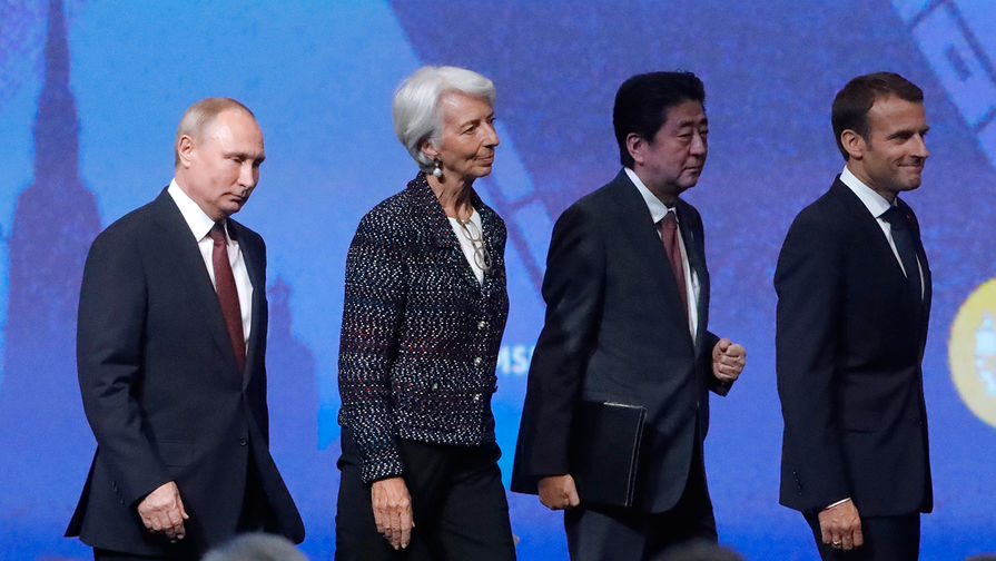 Премьер Японии ждет откровенного разговора сПутиным опрогрессе наКурилах