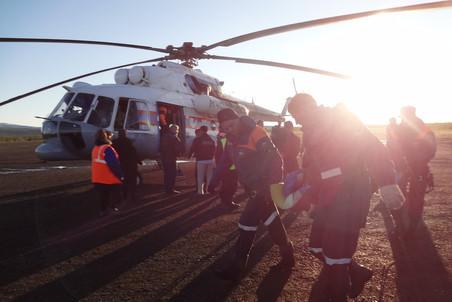 2 июля Вертолет Ми-8 «Полярных авиалиний» совершил жесткую посадку в Якутии. В катастрофе погибли 24 человека