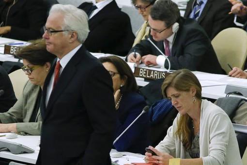 Постпреды России и США при ООН во время голосования по вопросу о целостности Украины