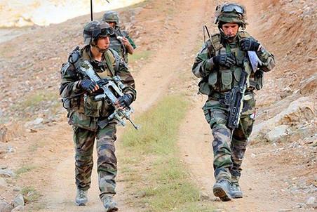 Франция намерена вывести свой контингент из Афганистана