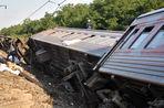 Более сотни пассажиров перевернувшегося на Кубани поезда пострадали, 15 человек были госпитализированы