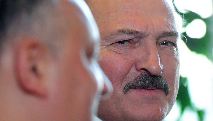 Лукашенко укрепляет границу с Украинским государством : «оттуда идет беда»