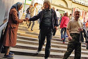 Столичные жители могут не беспокоиться: до выборов-2012 их будут «кормить» не хуже, чем при Лужкове