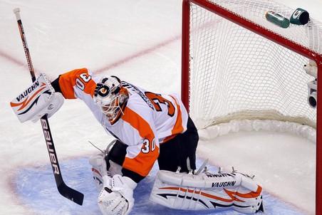 Илья Брызгалов признан лучшим игроком марта в НХЛ