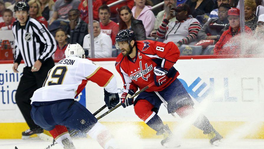Овечкин— 1-ый игрок НХЛ, ставший лучшим снайпером собственной команды 12 сезонов подряд
