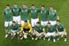 Футболисты ирландцев перед матчем