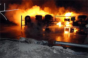 ДТП в Саратовской области : сгорело более 30 авто
