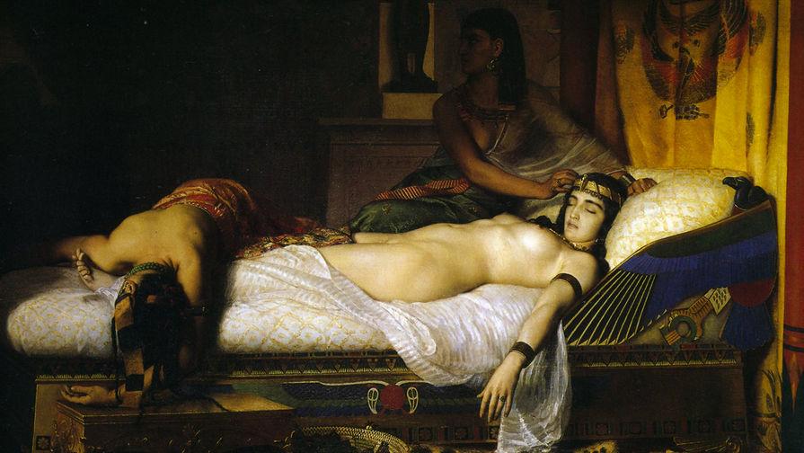 Ученые воссоздали духи Клеопатры