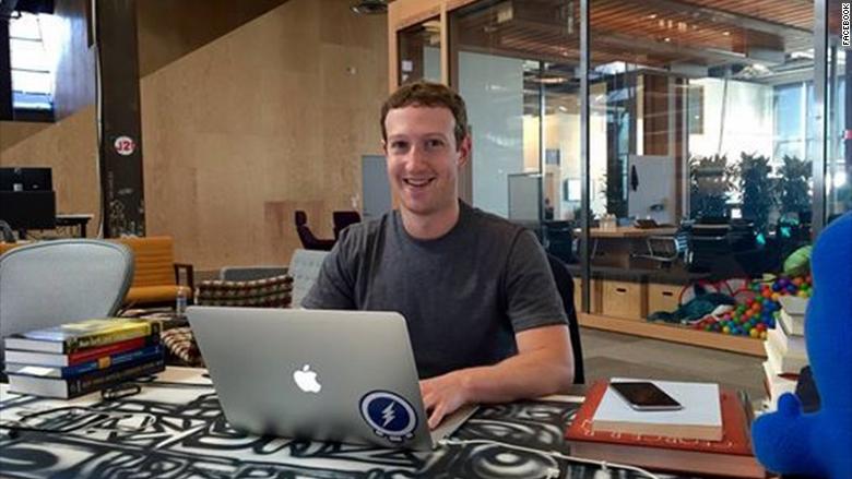 Марк Цукерберг проводит в офисе по 60 часов в неделю