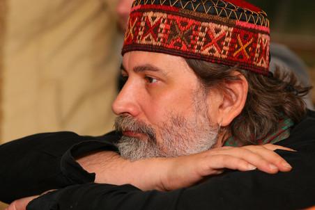 На 44 году жизни скончался драматург Вадим Леванов