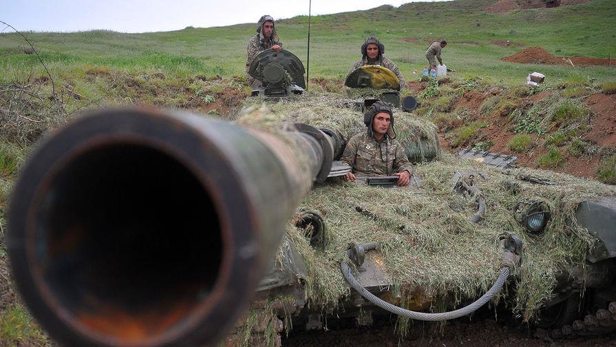Вооруженные силы Азербайджана приведены вбоеготовность из-за обострения конфликта вКарабахе
