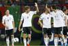 Партнеры поздравляют с голом Марио Гомеса