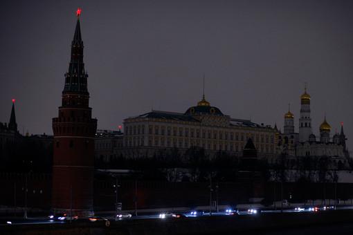 Вид на Кремль во время отключения света в рамках акции «Час Земли»