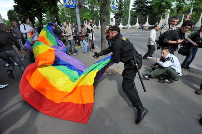 Гей-активисты проведут в Москве молчаливую акцию протеста.
