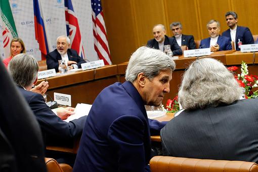 Госсекретарь США Джон Керри на переговорах в Вене