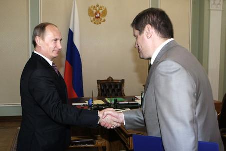 Владимир Путин уволил главу госкомпании «Автодор» Сергея Костина
