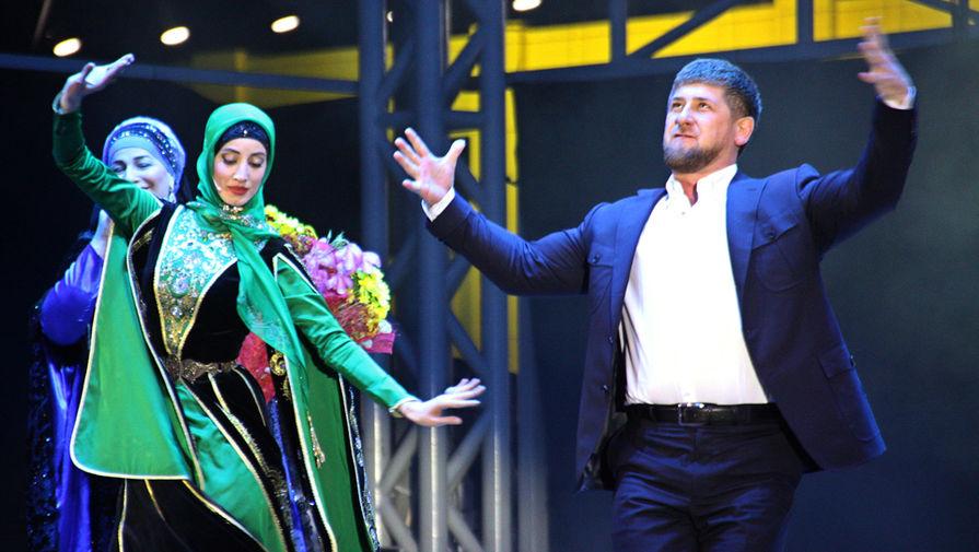 Кадыров отчитался одоходах, его двое несовершеннолетних детей заработали по10 млн