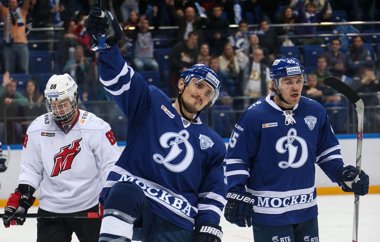 Ярославский «Локомотив»— первая победа народном льду