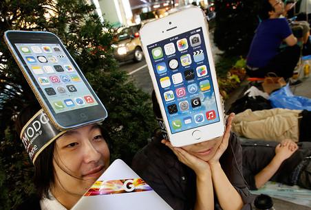iPhone 6, iPhone 6 Plus � Apple Watch: ������ ���������