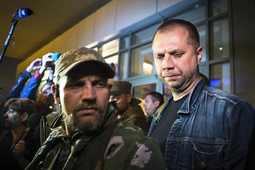 Александр Бородай (справа)