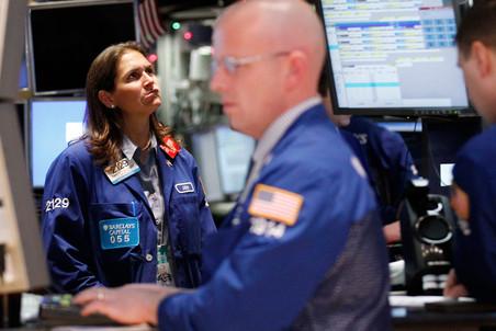 ФСФР прекратила выдачу лицензий профекссиональных участников рынка ценных бумаг