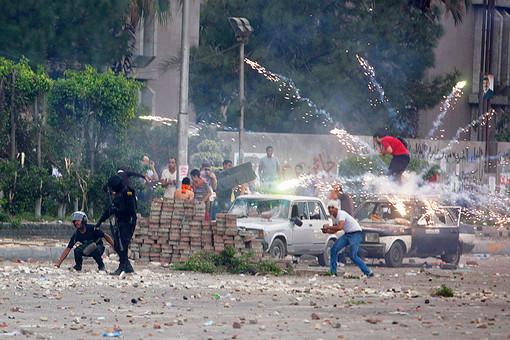 «Братья-мусульмане» заявили о том, что в ходе массовых беспорядков в Каире погибли не менее 120 человек
