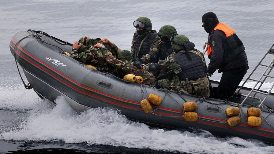 Таможенники задержали вКрыму 2-х нетрезвых рыбаков с государства Украины