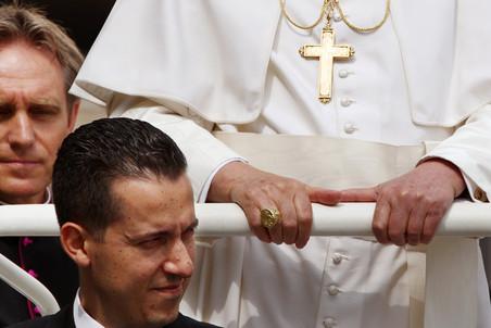 Начался судебный процесс над бывшим камердинером Папы Римского Паоло Габриэле