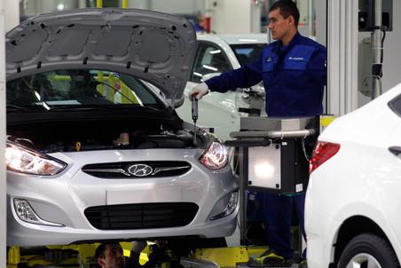 Результаты февральских продаж автомобилей в России