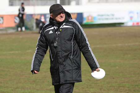 Руководство «Урала» отправило в отставку главного тренера Александра Побегалова