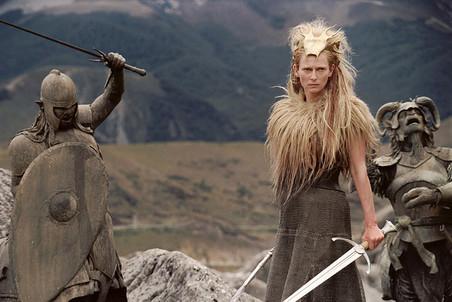 Фильм «Хроники Нарнии: Лев, колдунья и волшебный шкаф». 2005 год