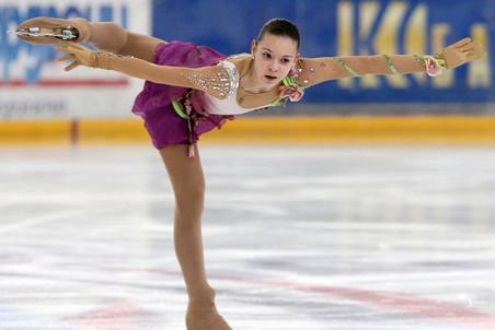 Аделина Сотникова в третий раз стала чемпионкой России
