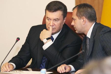 Виктор Янукович уволил своего старого соратника Андрея Клюева
