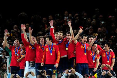 Сборная Испании четвертый год подряд завершает лидером рейтинга ФИФА