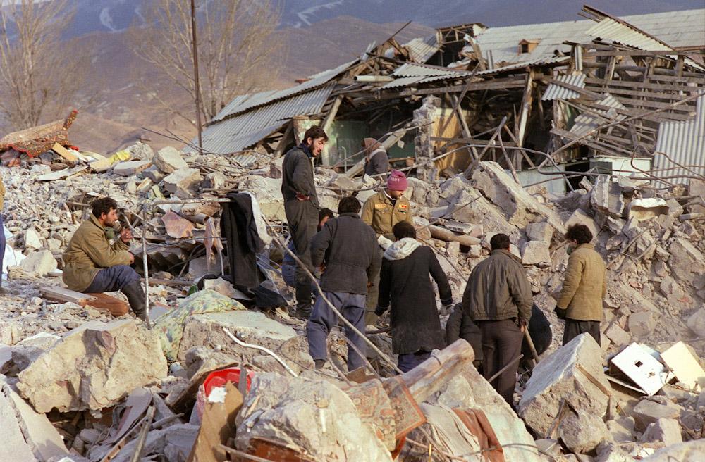 землетрясение в 1988 в армении доктора