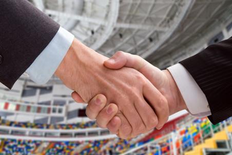 УЕФА и ФИФПро договорились о стандартных условиях контрактов игроков