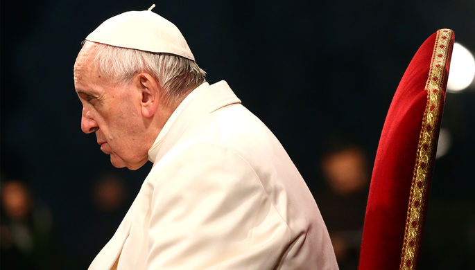 Два рискованных правонарушителя убежали сблаготворительного обеда с отцом Римским