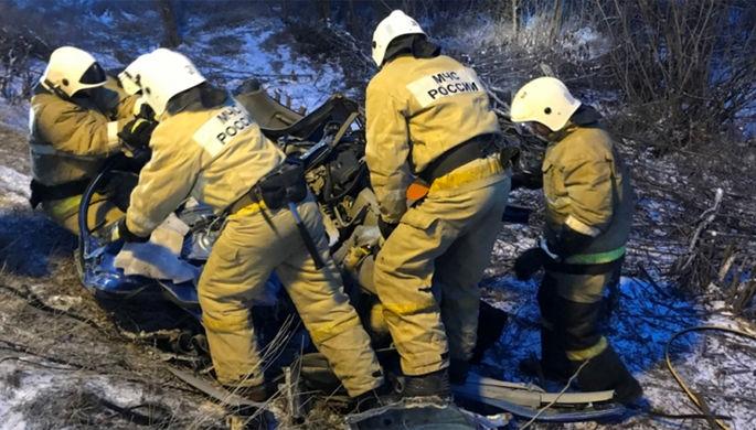 ВКрасноярском крае в итоге ДТП с«КамАЗом» погибли семь человек