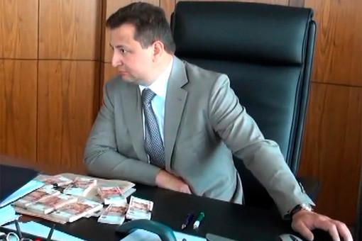 Председатель правления Росбанка Владимир Голубков задержан по делу о взятке