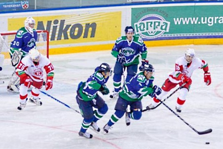 Хоккеисты «Витязя» обыграли соперников из «Югры»